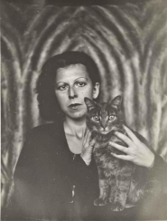 004-claude-cahun-theredlist